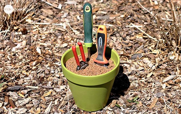 Garden-tool-holder-3
